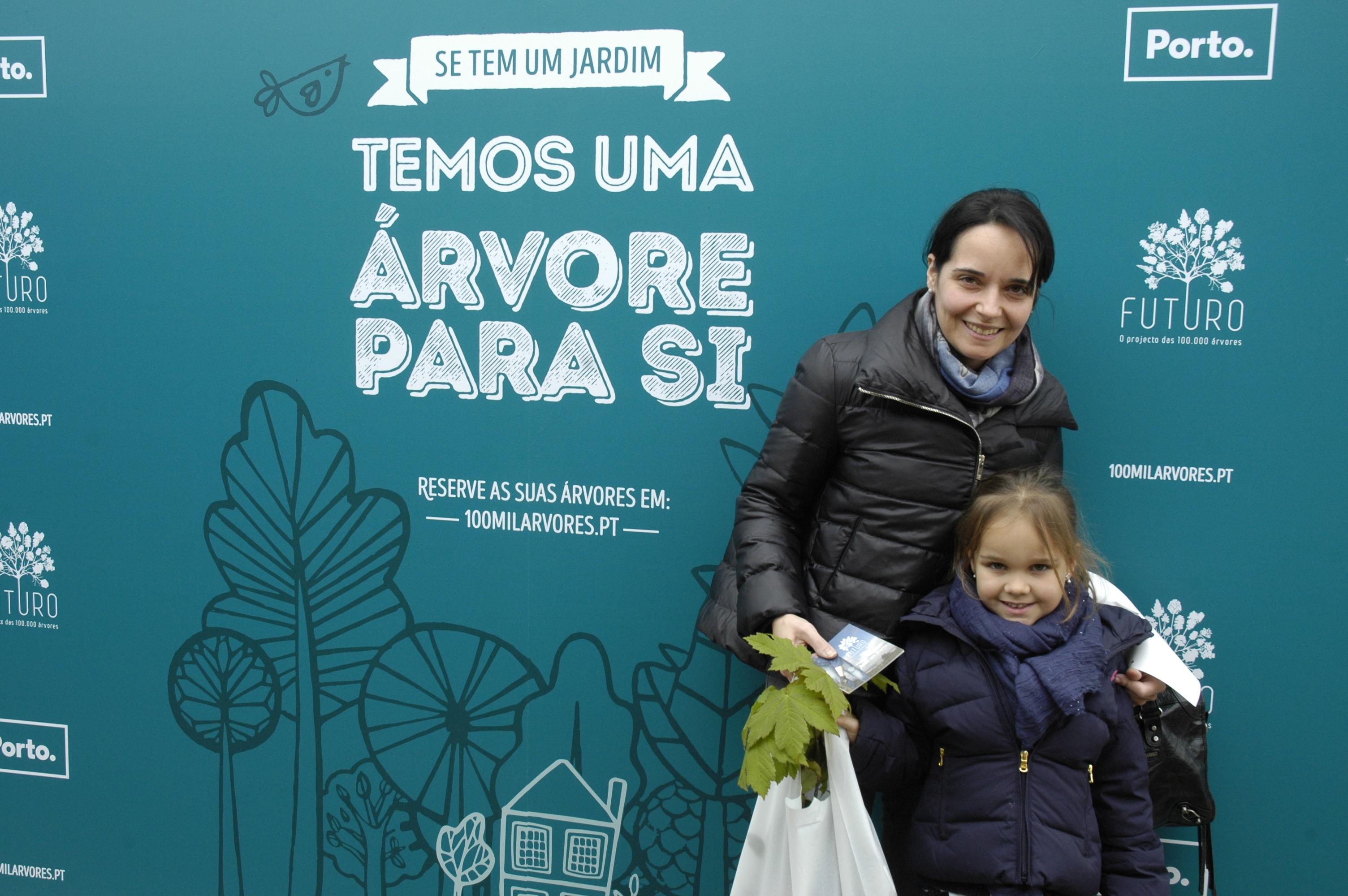 Se tem um jardim na Cidade do Porto temos uma árvore para si!